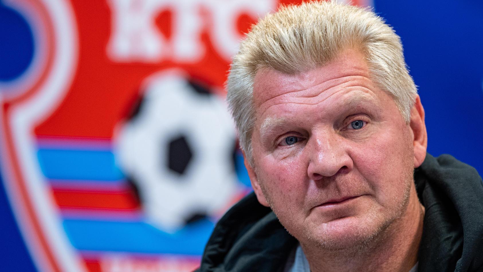 KFC Uerdingen-Manager Effenberg steht nach dem ins Wasser gefallenen Trainingslager heftig in der Kritik