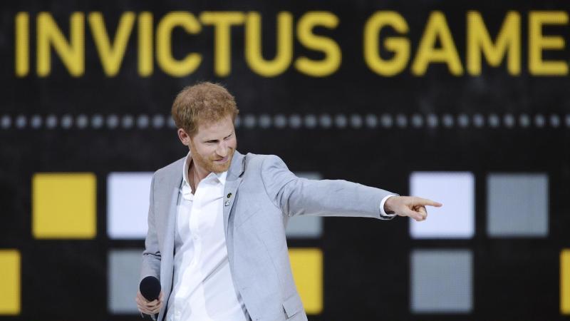 """Prinz Harry bei einer """"Invictus Games""""-Abschlussveranstaltung. Foto: Nathan Denette/AP/dpa/Archivbild"""