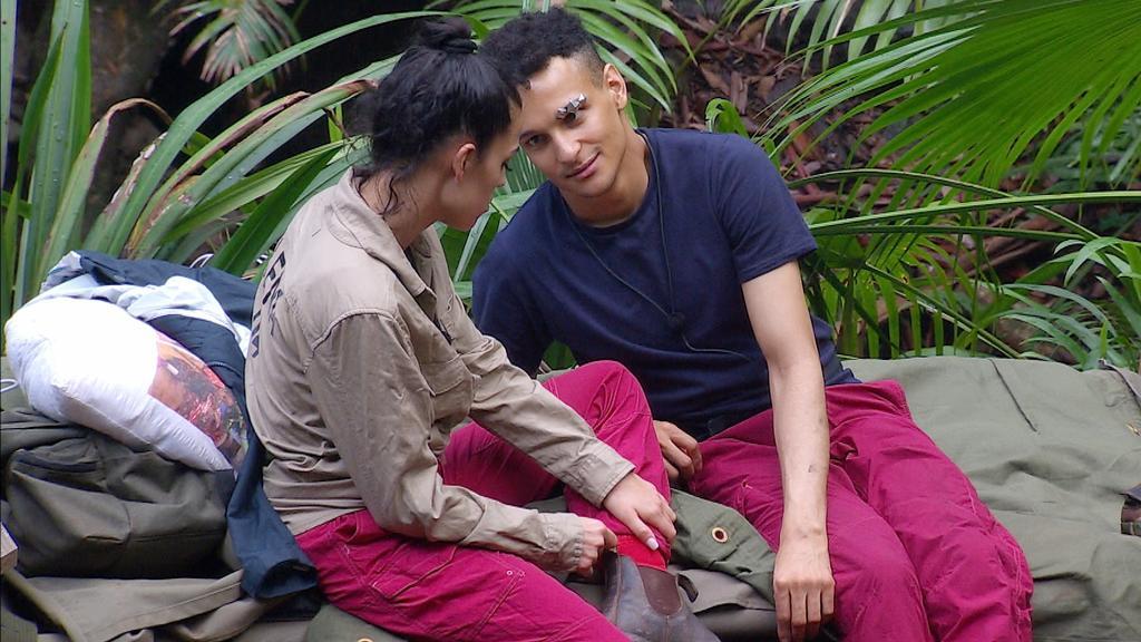 Dschungelcamp 2020: Elena Miras und Prince Damien