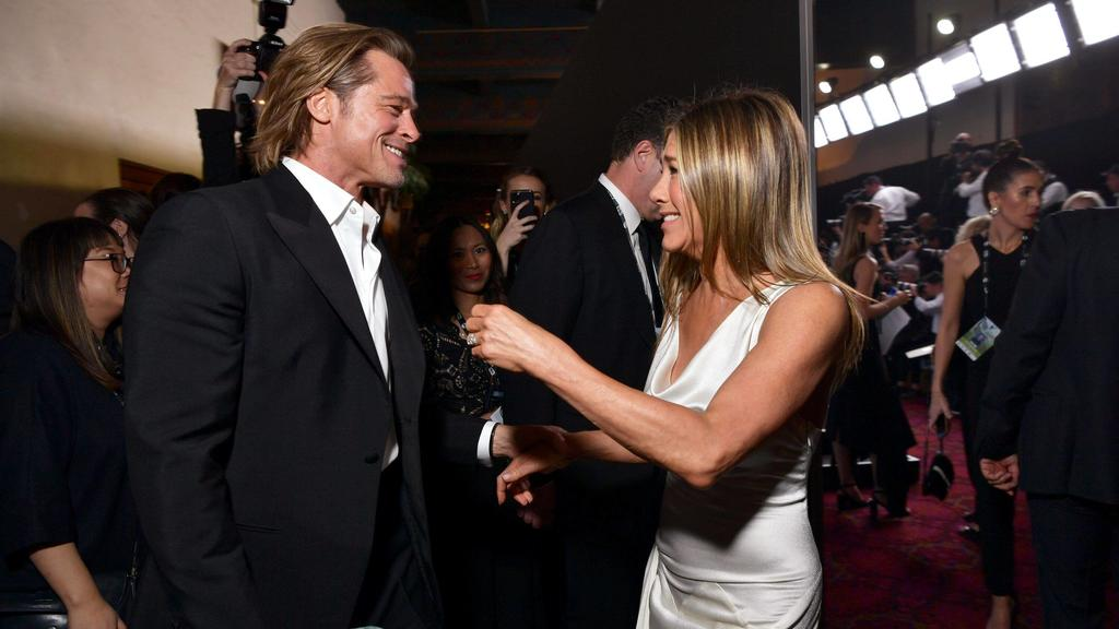 LOS ANGELES, CALIFORNIA - JANUARY 19: Brad Pitt and Jennifer Aniston attend the 26th Annual Screen Actors Guild Awards at The Shrine Auditorium on January 19, 2020 in Los Angeles, California.  PUBLICATIONxINxGERxSUIxAUTxONLY Copyright: xEmmaxMcIntyr