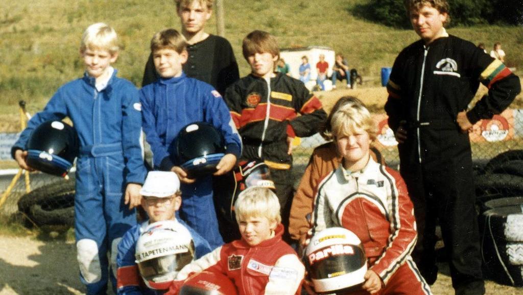 ARCHIVBILD - Club-Meisterschaft Kart-Club Kerpen-Manheim 1985, Ganz vorn: Nick Heidfeld (8 Jahre), rechts daneben Ralf Schumacher (10 Jahre). Links die Porsche-Brüder Jörg und Tim Bergmeister (Langenfeld, VW-Werkstatt in der Schumi seine Kfz-Lehre ma