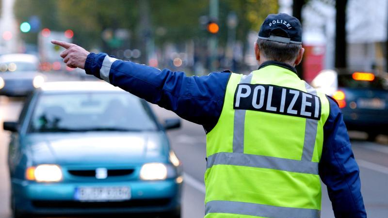Auf eine MPU sollten sich betroffene Autofahrer gut vorbereiten. Foto: Ralf Hirschberger/dpa-Zentralbild/dpa-tmn