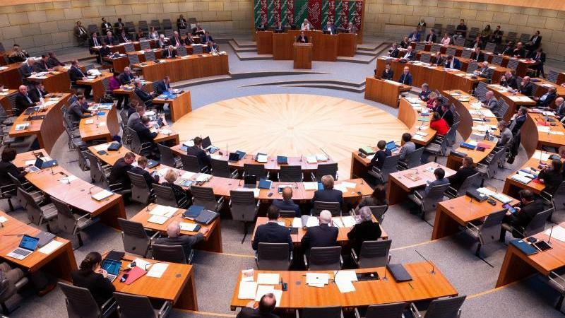 Der Landtag vonNordrhein-Westfalen. Foto: Federico Gambarini/dpa