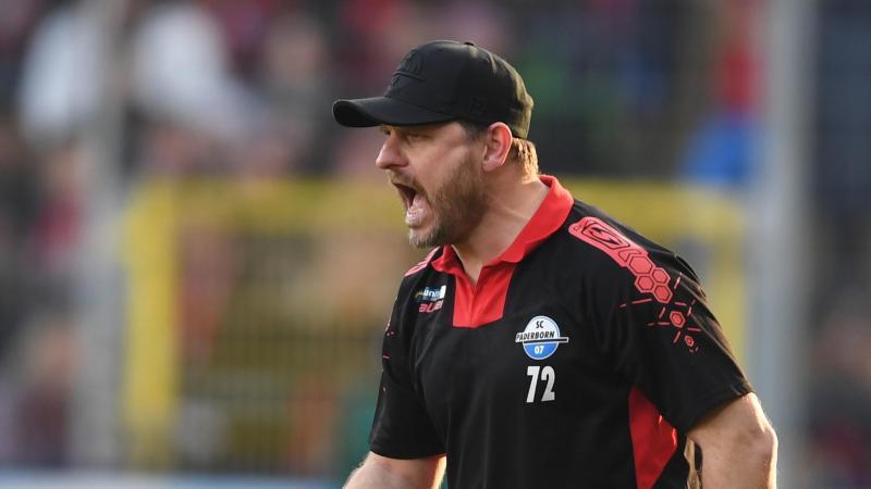 Paderborns Trainer Steffen Baumgart. Foto: Patrick Seeger/dpa/Archivbild