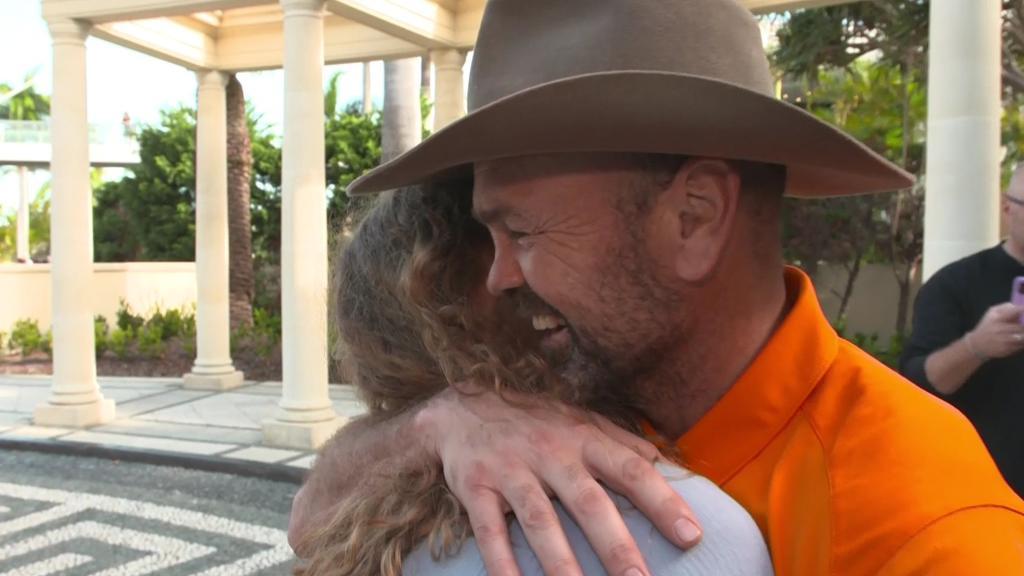 Sven Ottke will seine Tochter Rebecca gar nicht loslassen