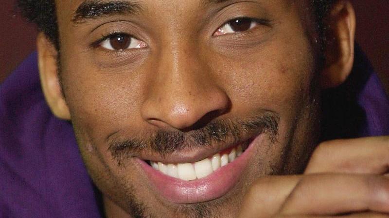 Kobe Bryant gehört zu der Kategorie von Sportlern, bei denen nur ein Name reicht, um Bilder und Erinnerungen für die Ewigkeit zu erzeugen: Kobe. Wie Pele. Ali. Magic. Foto: Michael Caulfield/AP/dpa