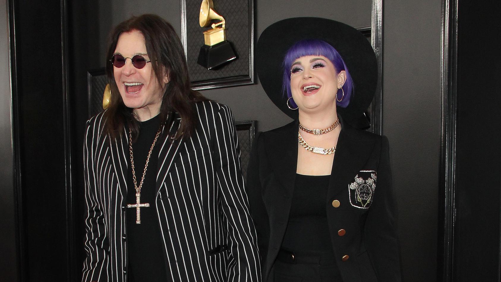 Ozzy Osbourne ließ sich bei den Grammy Awards 2020 nicht anmerken, wie schlecht es ihm mit seiner Parkinson-Erkrankung geht.
