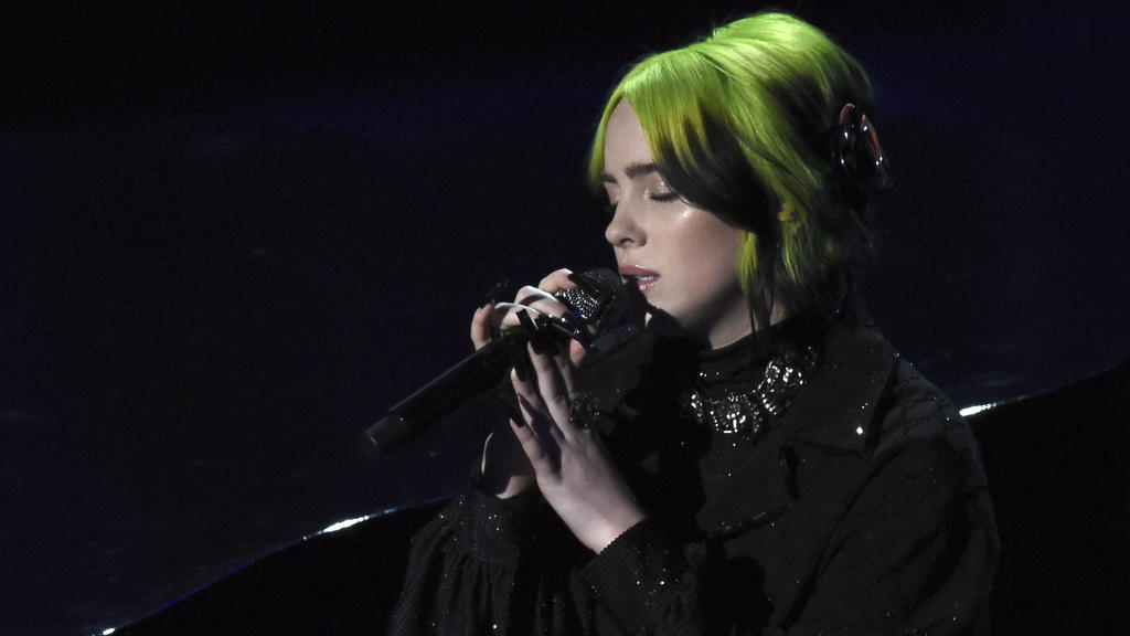 "Oscars: Billie Eilish singt ""Yesterday"""