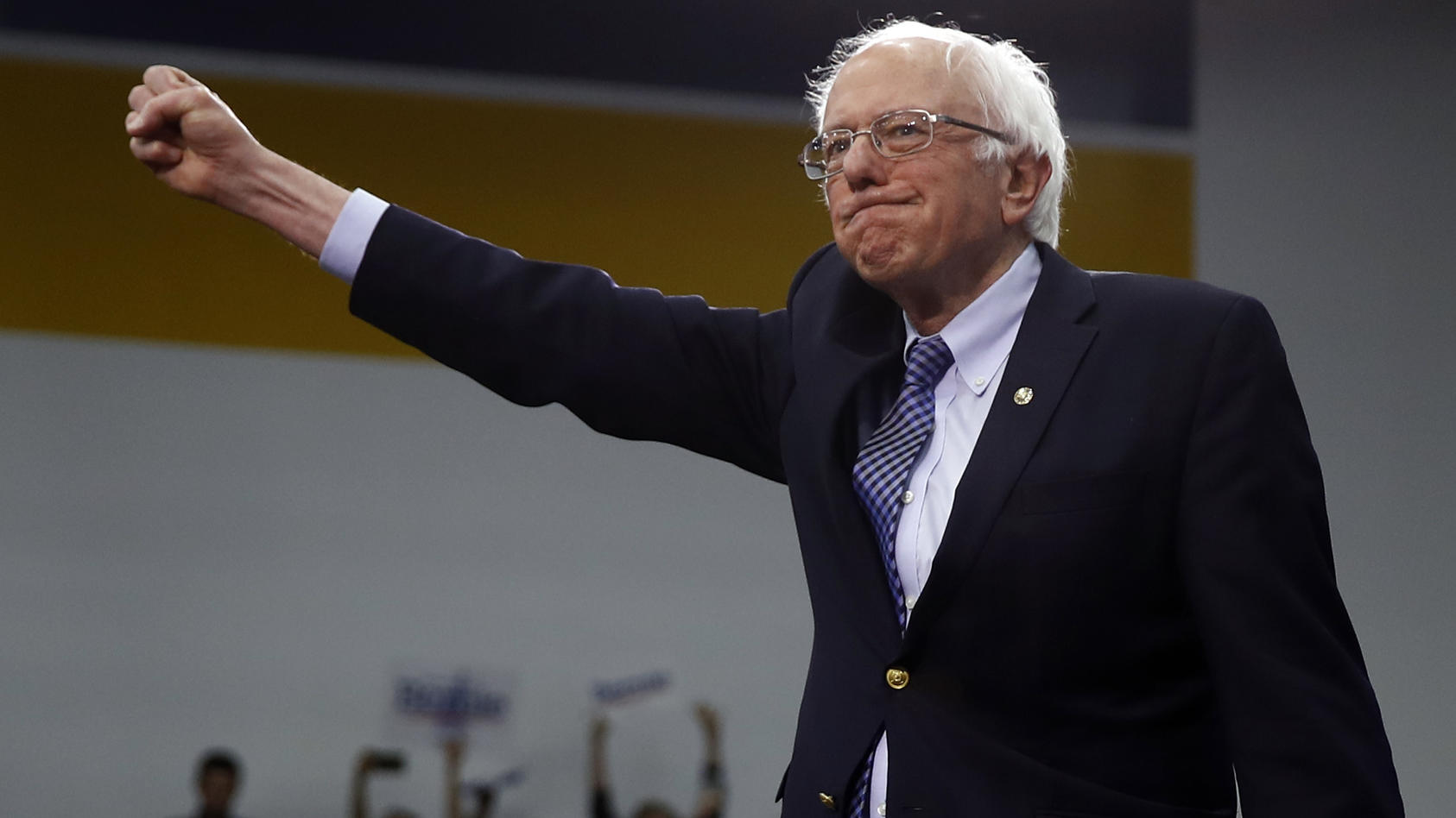 US-Senator Bernie Sanders hat die Vorwahlen zum Präsidentschaftskandidaten der Demokraten in New Hampshire gewonnen.
