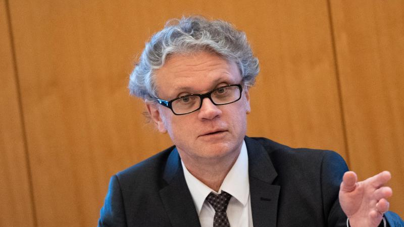 Johannes Caspar, Hamburgischer Beauftragter für Datenschutz. Foto: Daniel Reinhardt/dpa/Archiv