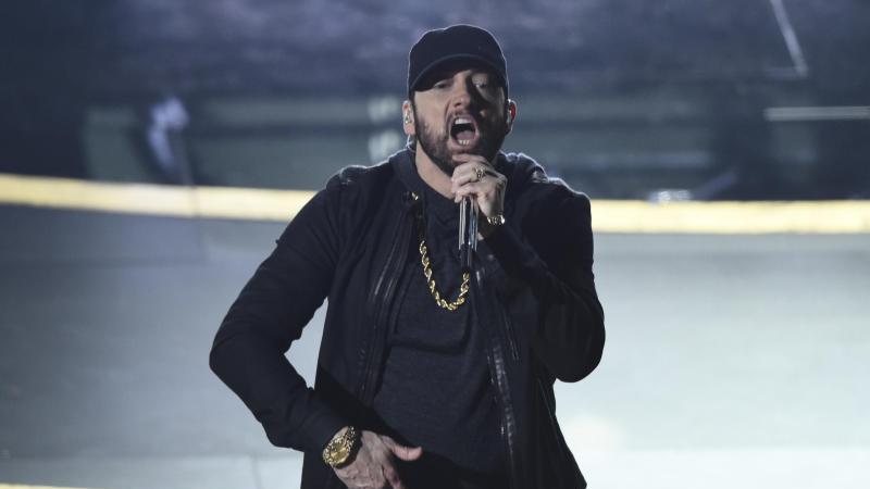 Eminem sorgte mit seinem Auftritt bei der Oscar-Verleihung für eine Überraschung. Foto: Chris Pizzello/Invision/dpa
