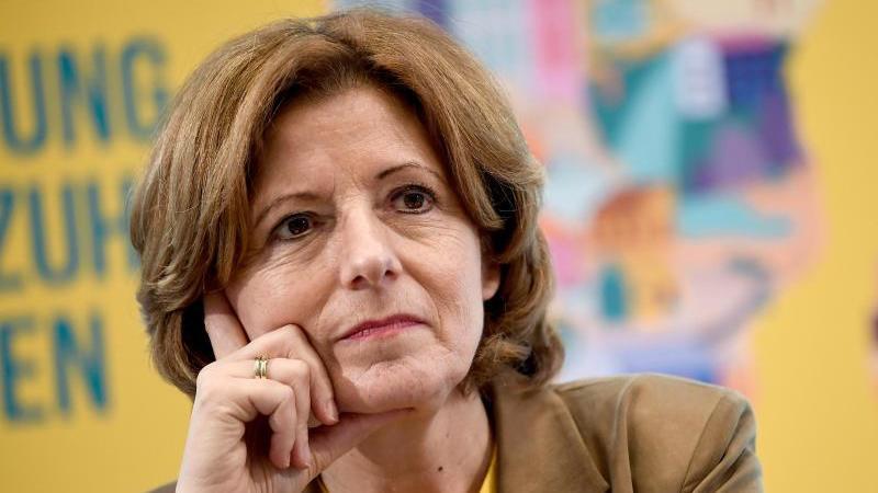Malu Dreyer (SPD) Ministerpräsidentin von Rheinland-Pfalz. Foto: Britta Pedersen/dpa-Zentralbild/dpa/Archivbild