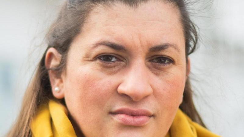 Emine Oguz, Geschäftsführerin der Türkisch-Islamische Union. Foto: Julian Stratenschulte/dpa