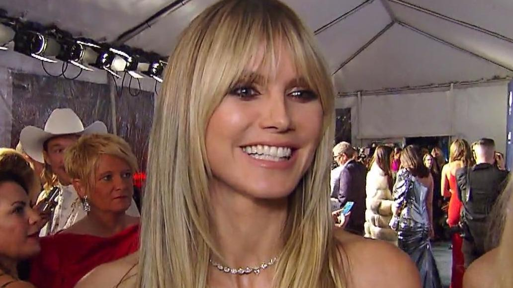 Die Tochter von Heidi Klum posiert schon wie ein echter Profi.