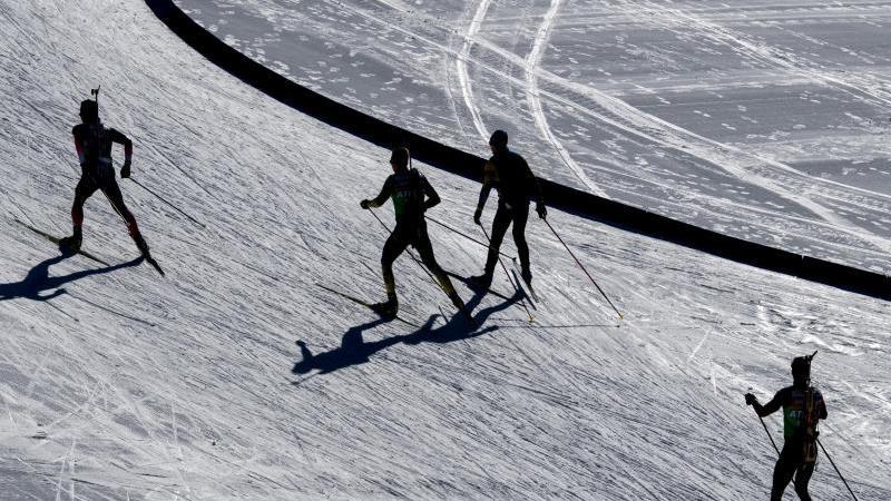 Die deutschen Biathleten hoffen mit ihren Staffeln in Antholz auf weitere WM-Medaillen. Foto: Hendrik Schmidt/dpa