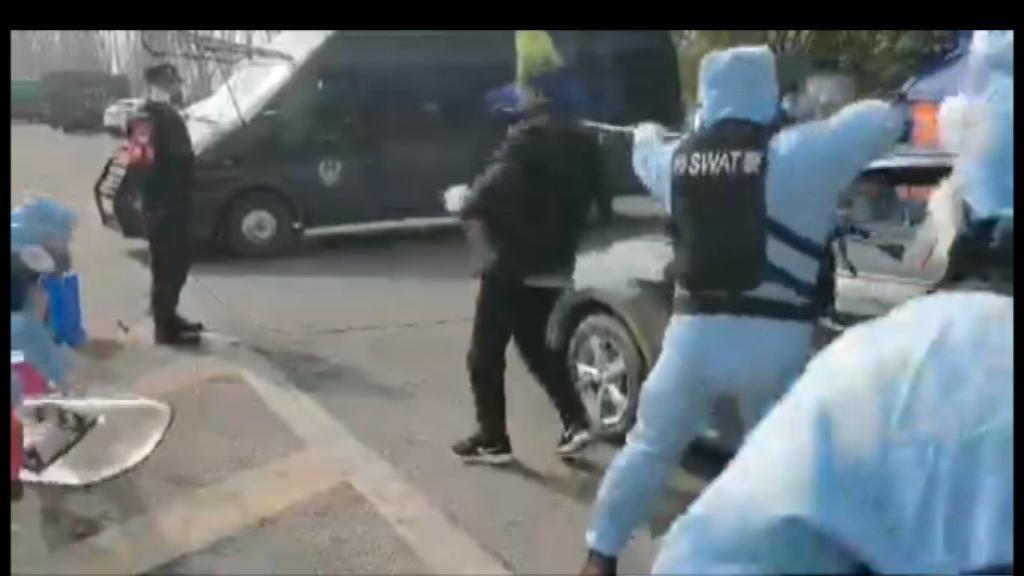 Polizei-Übung gegen Quarantäne-Ausbrecher