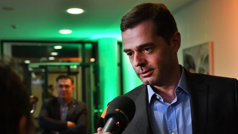 Mike Mohring, Landesvorsitzender der CDU Thüringen, spricht mit Journalisten. Foto: Martin Schutt/dpa-Zentralbild/dpa