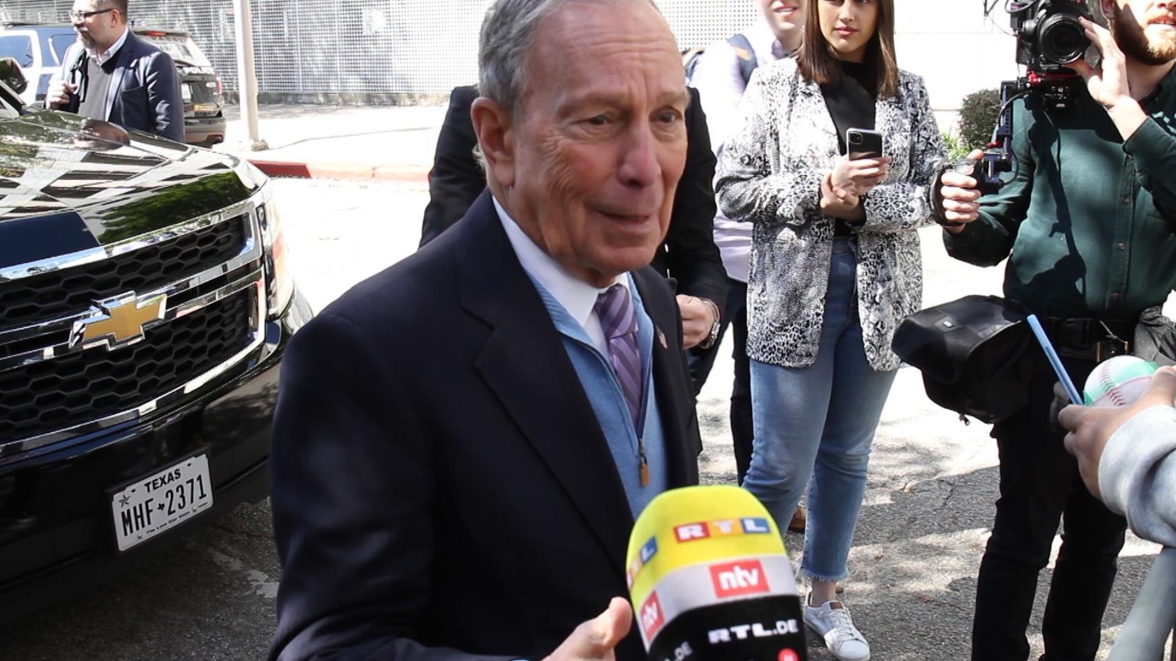 Michael Bloomberg im Gespräch mit unserem Reporter Oliver Beckmeier.