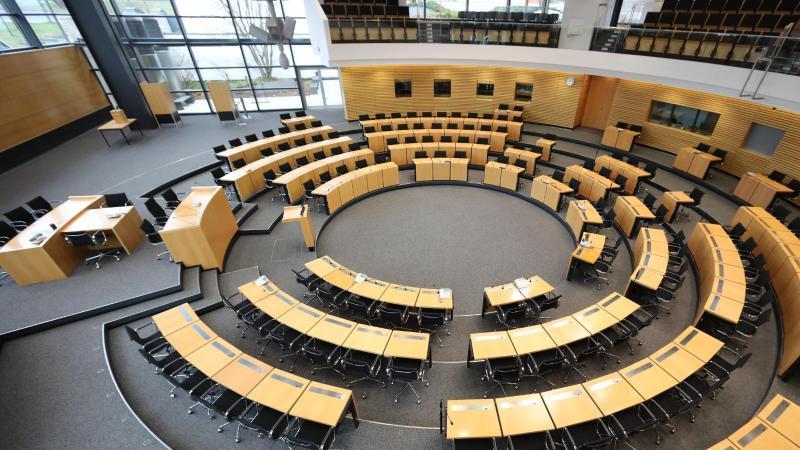 Thüringer Landtag. Foto: Bodo Schackow/dpa-Zentralbild/dpa/