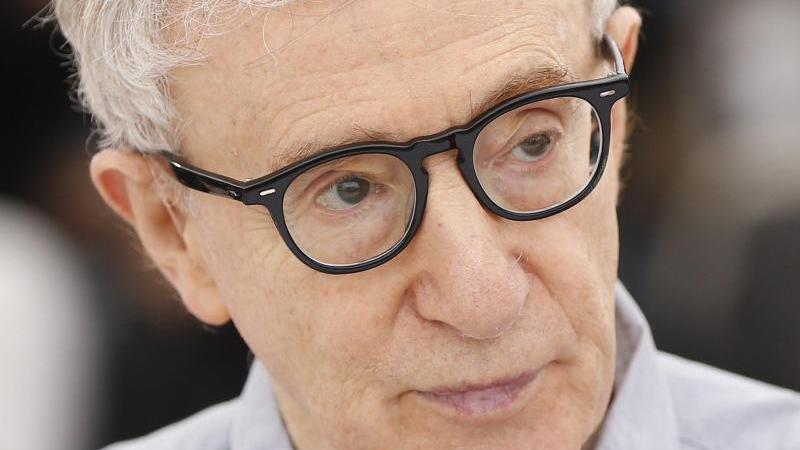 Woody Allen bei den 69. Filmfestspielen in Cannes 2016. Foto: Guillaume Horcajuelo/EPA/dpa