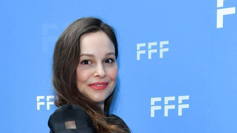 Schauspielerin Mina Tander auf der Berlinale. Foto: Jens Kalaene/dpa-Zentralbild/dpa