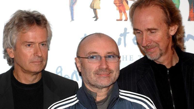 Tony Banks (l-r), Phil Collins und Mike Rutherford haben acht Konzerte in Großbritannien angekündigt. Foto: epa Daniel Deme/epa/dpa