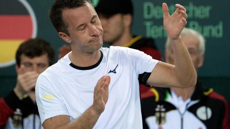 Philipp Kohlschreiber patzte in seinem Einzel gegen den Weißrussen Egor Gerassimow. Foto: Federico Gambarini/dpa