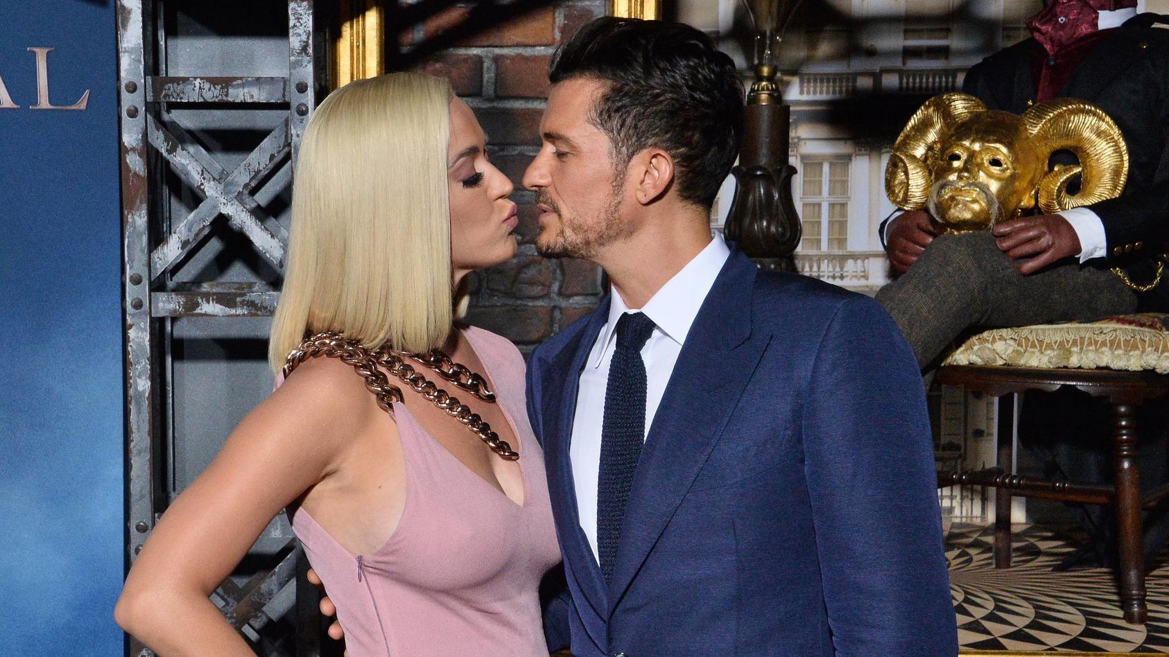 Orlando Bloom gratuliert Katy Perry zum Geburtstag.