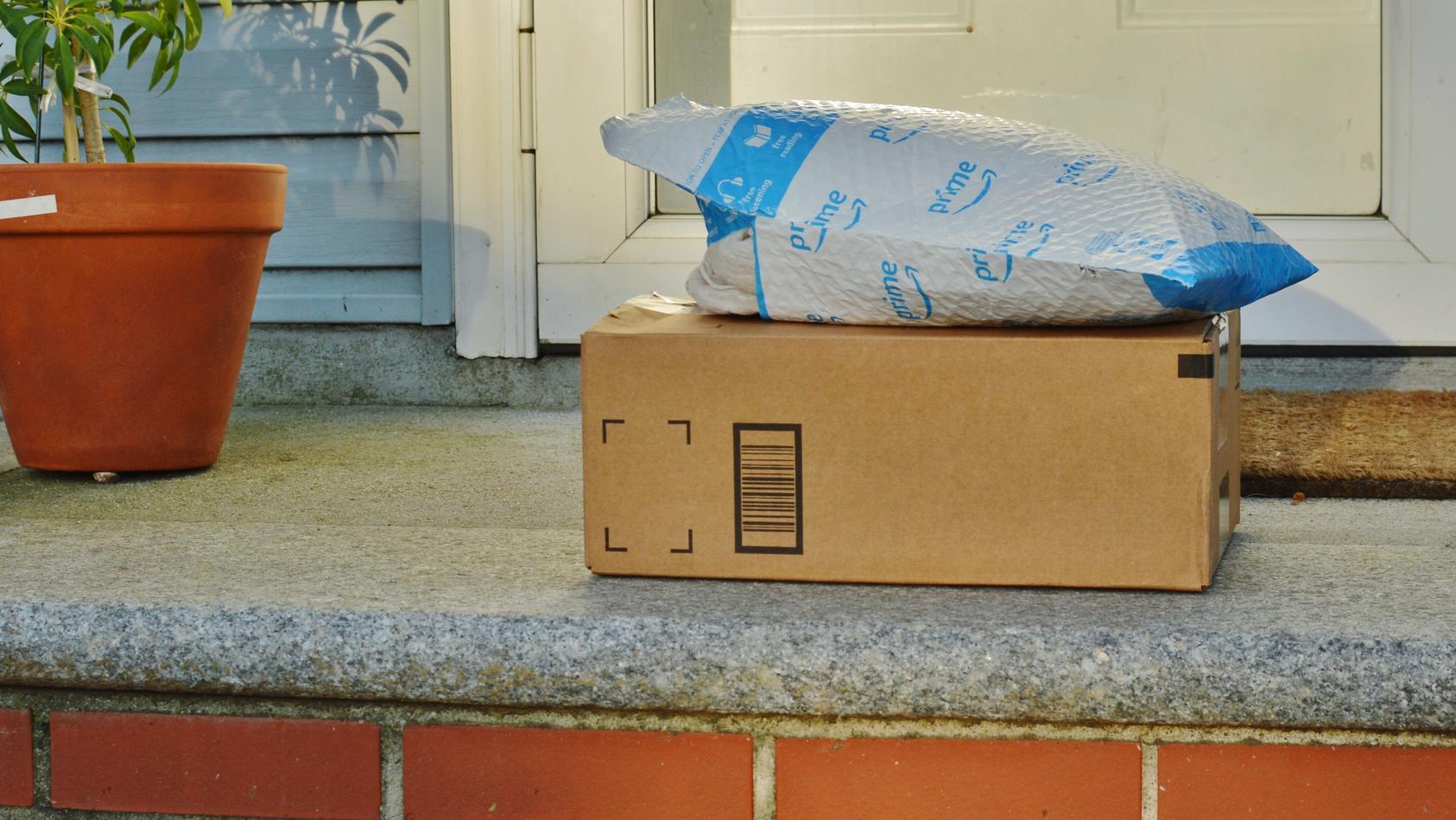 Wer einem Ablageort zugestimmt hat, kann sein Paket in Zeiten von Corona kontaktlos annehmen.