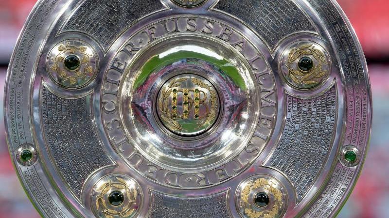 Wegen der Coronavirus-Pandemie ruht der Ball in der Bundesliga derzeit. Foto: Sven Hoppe/dpa