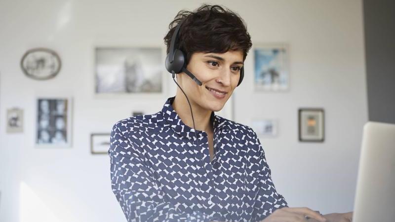 Körperhaltung, Umgebung, Teilnehmerzahl, Internetverbindung: Auch bei Videokonferenzen gibt es einiges zu beachten damit sie gut funktionieren. Foto: Rainer Berg/Westend61/dpa-tmn