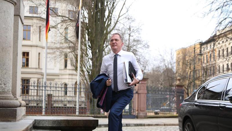 Marco Tullner (CDU), Sachsen-Anhalts Bildungsminister. Foto: Ronny Hartmann/dpa-Zentralbild/dpa/Archivbild
