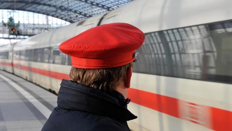 Fahrgast-Rekord bei der Deutschen Bahn. Foto: Gero Breloer/dpa/Archiv