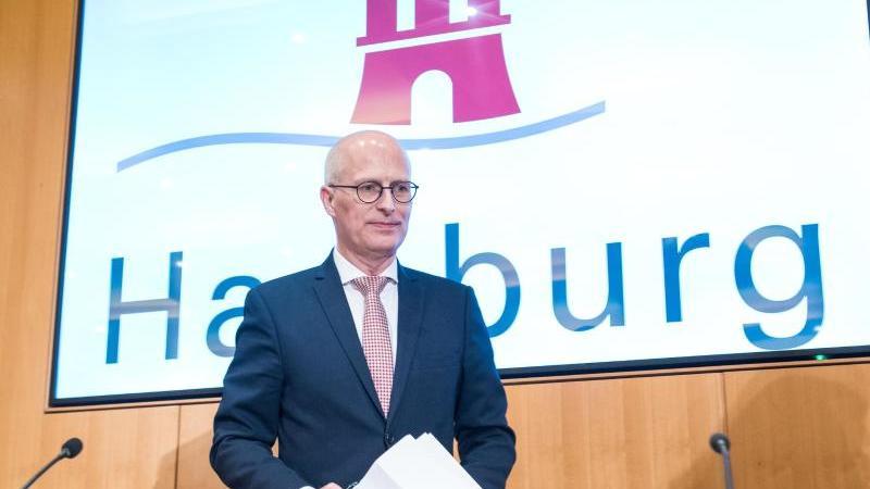 Peter Tschentscher (SPD), Hamburgs Erster Bürgermeister. Foto: Daniel Bockwoldt/dpa/Archivbild