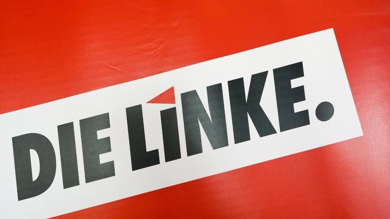 Blick auf das Logo der Partei Die Linke. Foto: Peter Endig/zb/dpa/Symbolbild