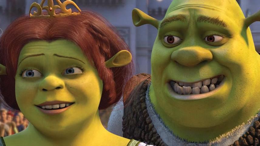 Princess Fiona (CAMERON DIAZ) nervously introduces her new husband Shrek (MIKE MYERS) to her parents, King Harold (JOHN CLEESE) and Queen Lillian (JULIE ANDREWS), the rulers of Far Far Away, in DreamWorks Pictures? computer-animated comedy SHREK 2.