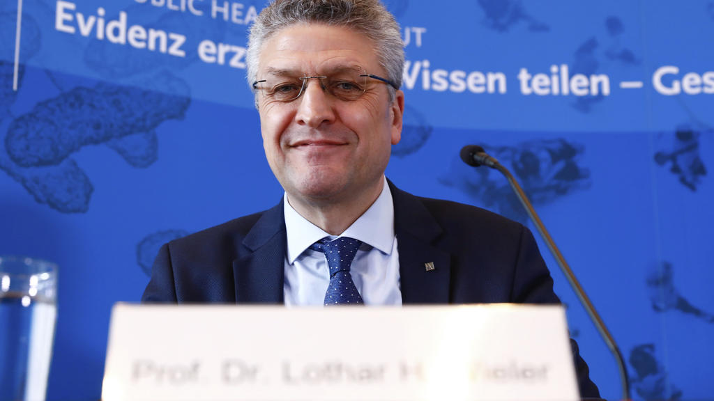 Lothar H. Wieler, President of the Robert Koch Institute (RKI), briefs the media during a news conference of the Robert Koch Institute about the status of the spread of the coronavirus in Berlin, Germany, April 3, 2020. (Michele Tantussi/Pool via AP)