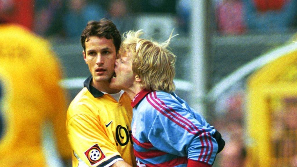 Heiko Herrlich (Borussia Dortmund) und Oliver Kahn (FC Bayern)