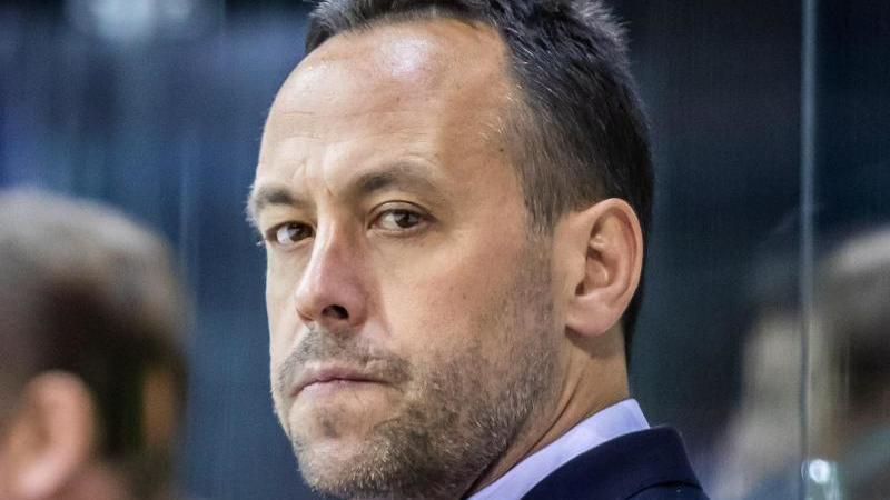 Rechnet mit einem Abbruch der NHL-Saison: Marco Sturm, Co-Trainer bei den Los Angeles Kings. Foto: Marcel Kusch/dpa