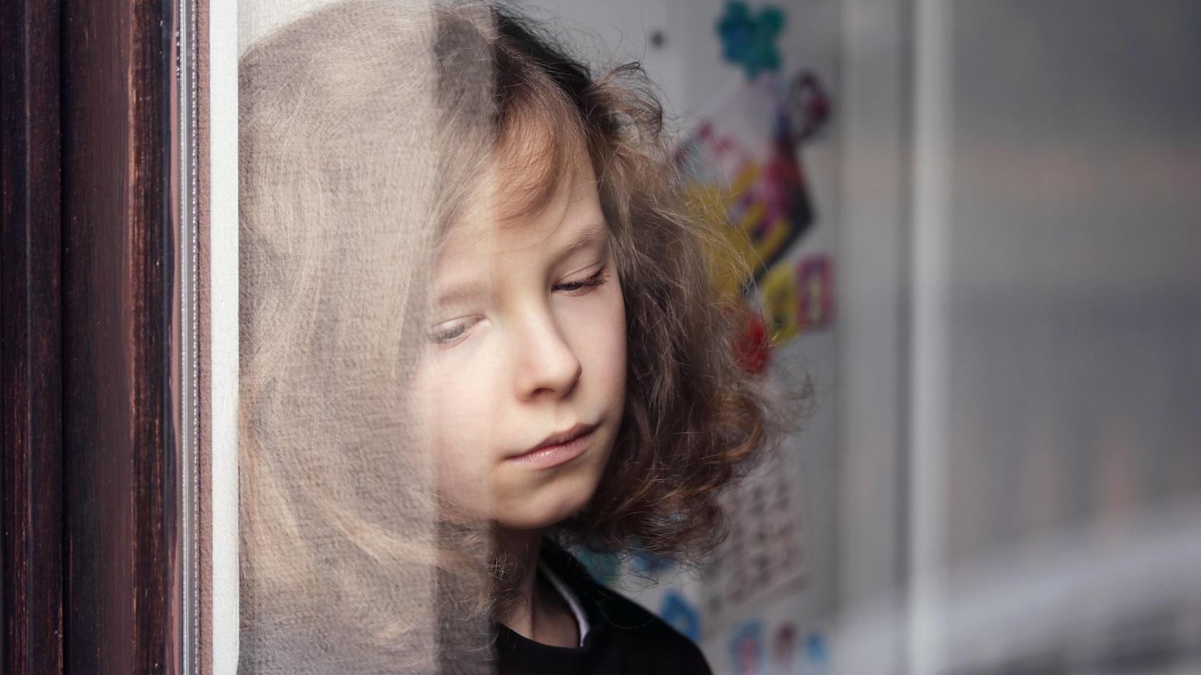 Eltern können an gewissen Anzeichen erkennen, dass mit ihrem Kind etwas nicht stimmt.