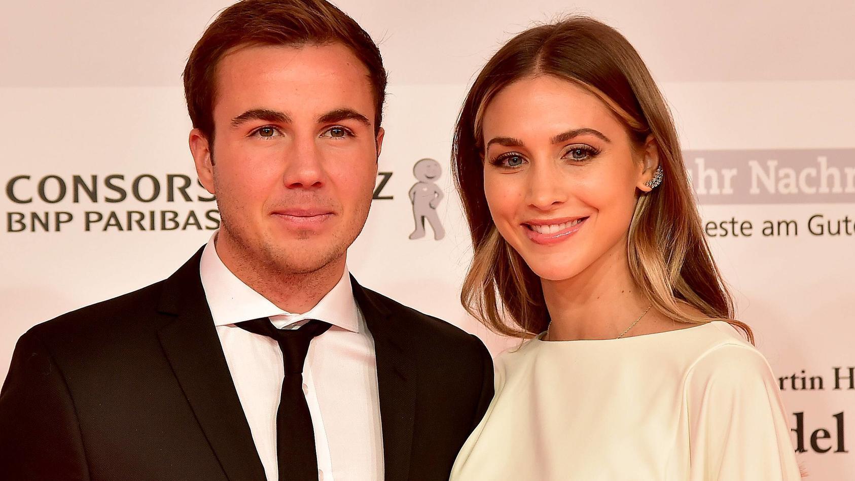 Mario und Ann-Kathrin Götze sind seit dem 5. Juni 2020 Eltern eines Sohnes.