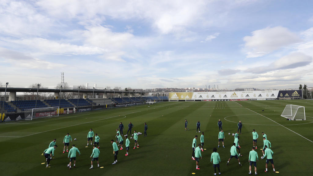 Real Madrid players attend a training session at the team's Valdebebas training ground in Madrid, Spain, Tuesday, Feb. 25, 2020. Real Madrid will play against Manchester City in a Champions League soccer match on Wednesday. (AP Photo/Manu Fernandez)
