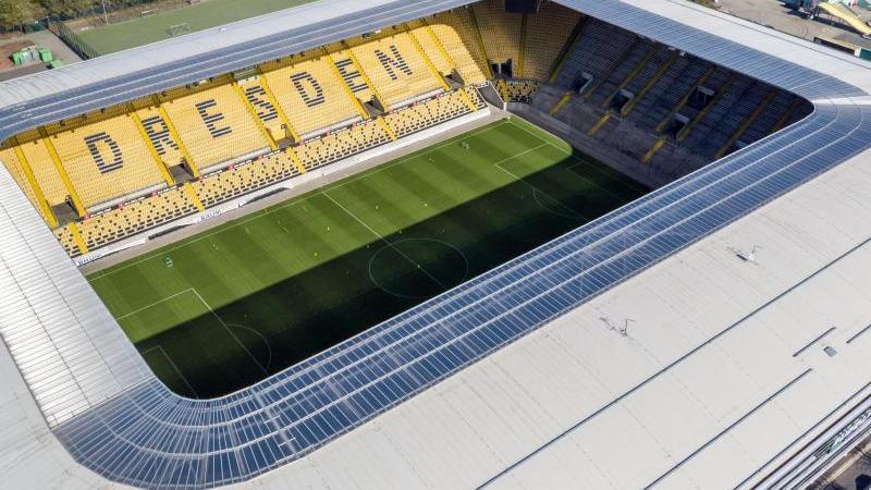 Blick auf das Rudolf-Harbig-Stadion, Spielstätte der SG Dynamo Dresden. Foto: Jan Woitas/dpa-Zentralbild/dpa