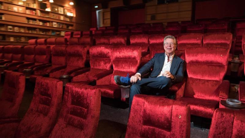 """""""Einige Kinos werden es nicht schaffen, und die kleineren wird es eher treffen"""", sagt Hans-Joachim Flebbe. Foto: Christian Charisius/dpa"""