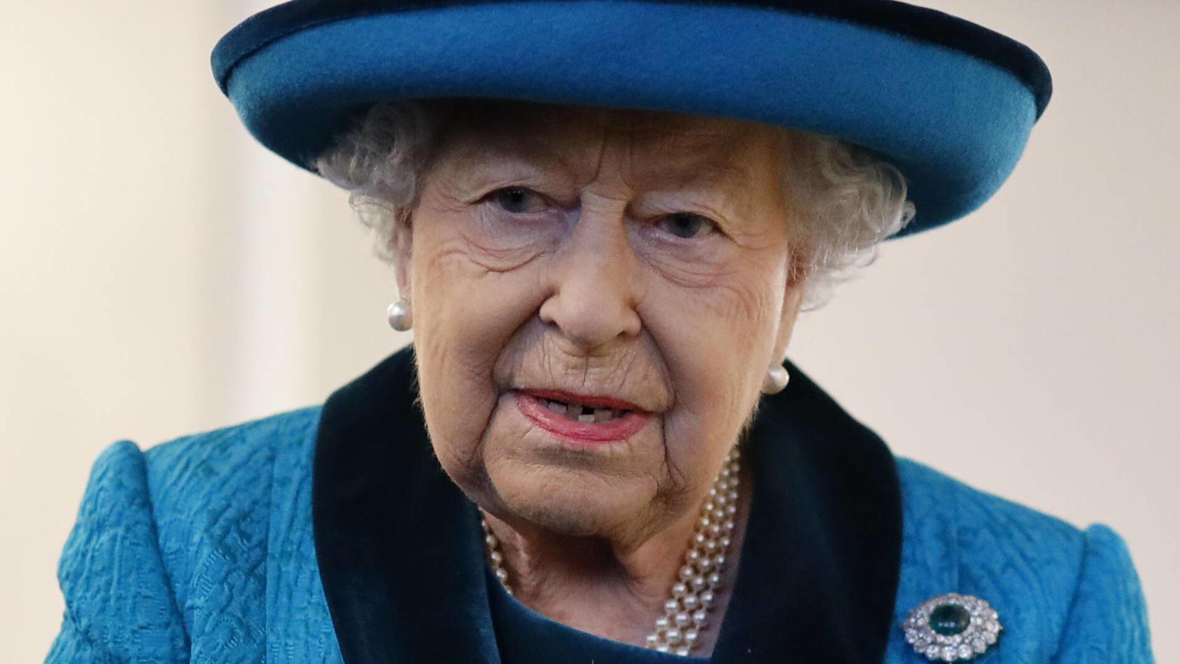 Entertainment Bilder des Tages . 26/11/2019. London, United Kingdom. Queen Elizabeth II during a visit to the Royal Phi