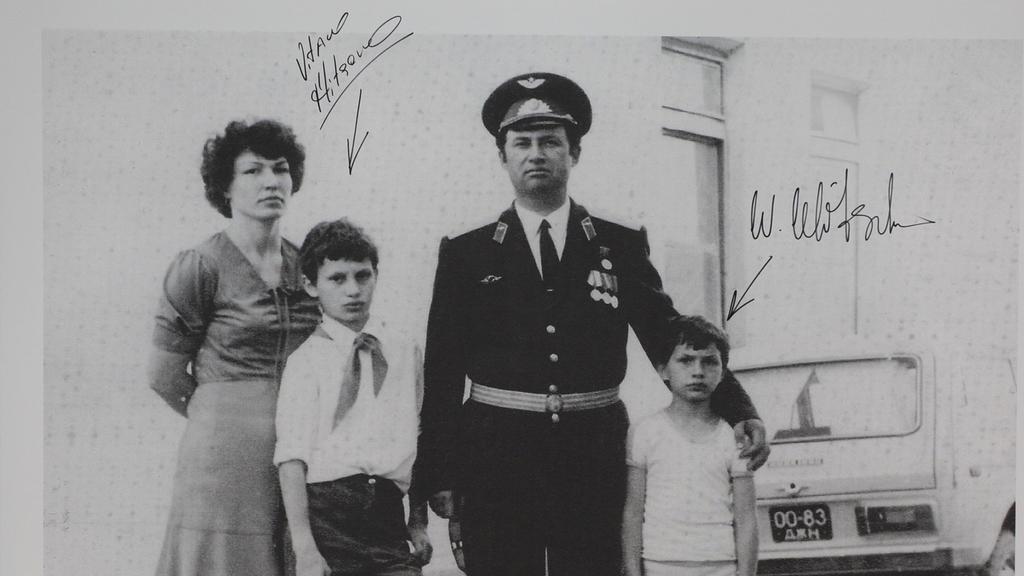 Vitali (l.) und Wladimir Klitschko mit ihren Eltern