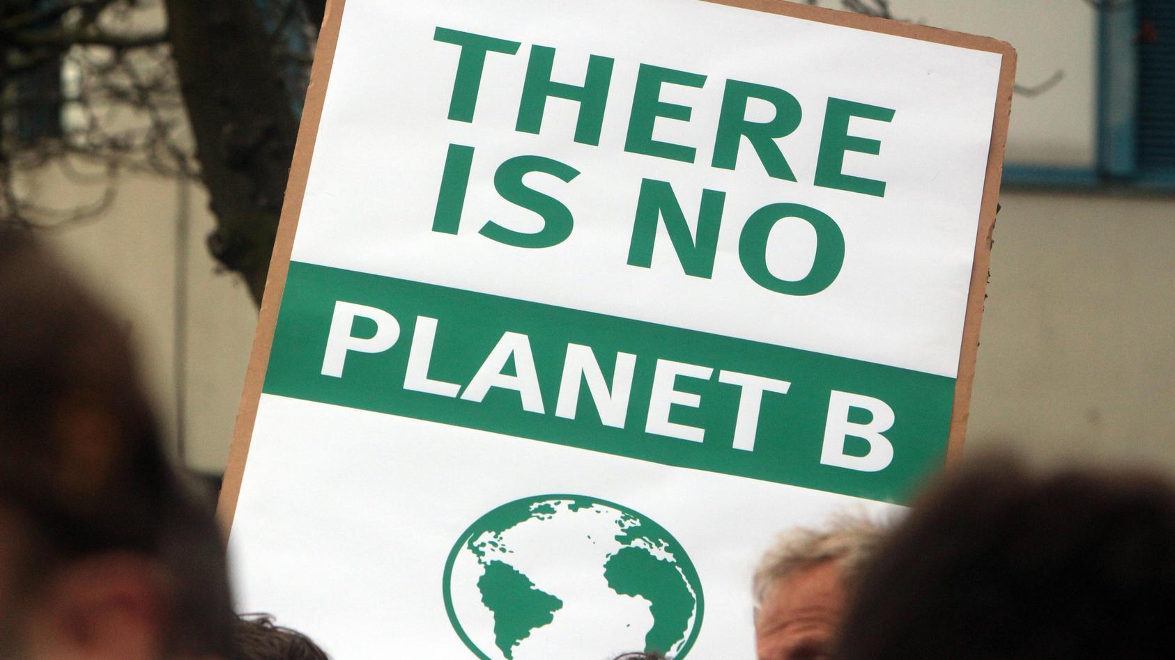 Klimaschutz und Pandemie: Wie passt das zusammen?