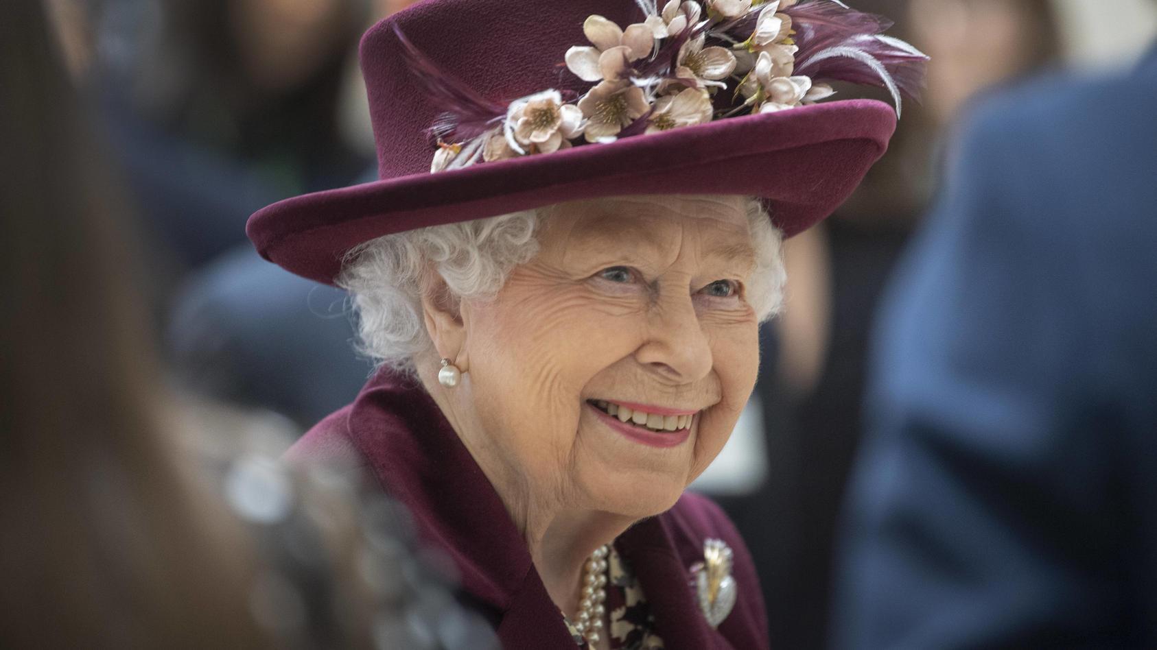 Queen Elizabeth II scheint während der Corona-Pandemie wohlauf zu sein.