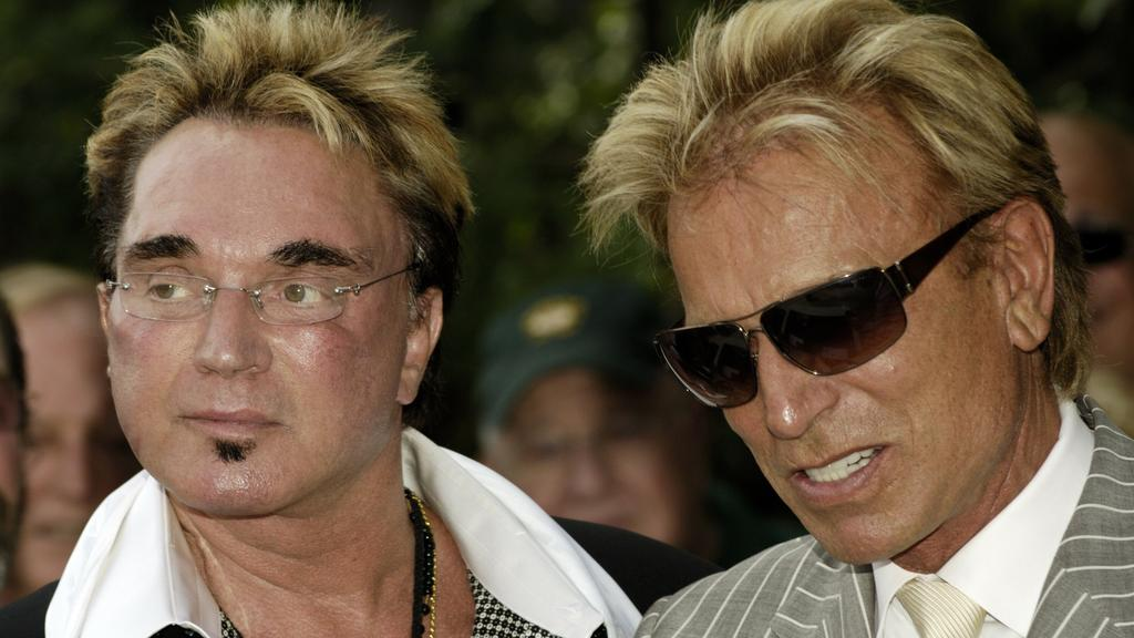 Magicians Siegfried and Roy received a Star on the Las Vegas Walk of Stars. The star is located in front of the Mirage Resort where the duo performed since 1993. Roy walked from the car to the ceremony location. Hundreds of fans gathered to watch the