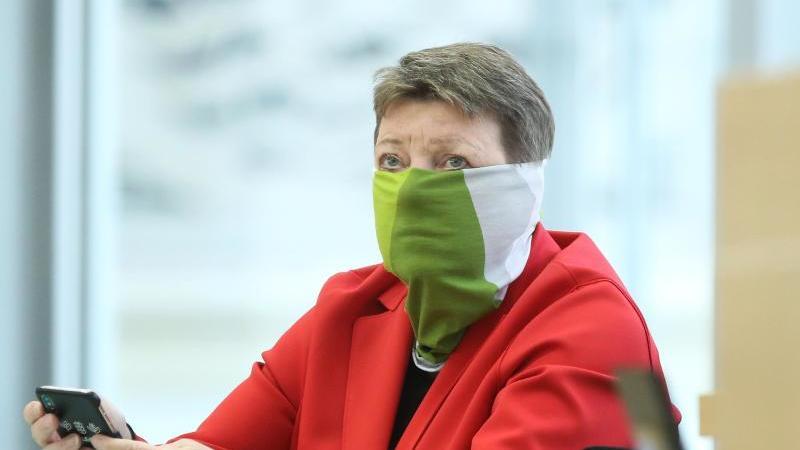 Claudia Dalbert (Grüne), Sachsen-Anhalts Ministerin für Umwelt, Landwirtschaft und Energie. Foto: Ronny Hartmann/dpa/Archivbild